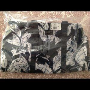 Roxy Bags - 🌺NWT Roxy Mood Indigo 43L Large Duffle Bag